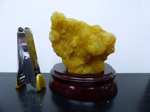 ☆寶峻晶石館☆特價~黃色水晶擺件(白水晶染色) BSS-193