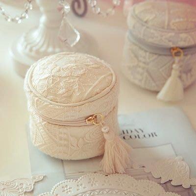 化妝包 隨身收納包-羊毛精緻刺繡流蘇女手拿包2色73d20[獨家進口][米蘭精品]