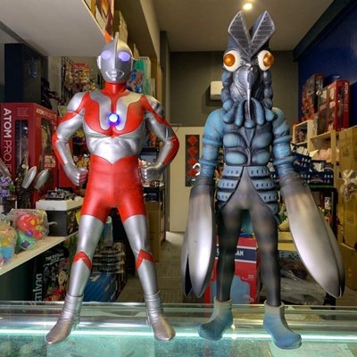 正版授權 ZCWO 60cm ULTRAMAN 會發光 奧特曼 英勇經典站姿 超人力霸王 巴爾坦星人
