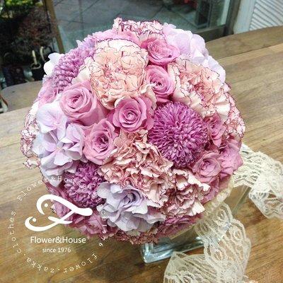 F43。粉紫色系捧花。拍照捧花。結婚捧花。客製新娘捧花。台北自取【Flower&House花藝之家】