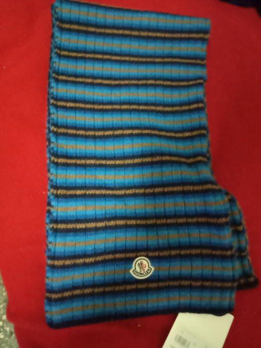全新正品 MONCLER羊毛圍巾
