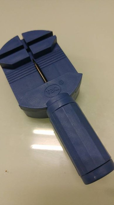 手錶 鋼帶 錶帶 工具 / 金屬手鍊拆帶器/拆手鍊/DIY調整手鍊長度/鋼帶調整器