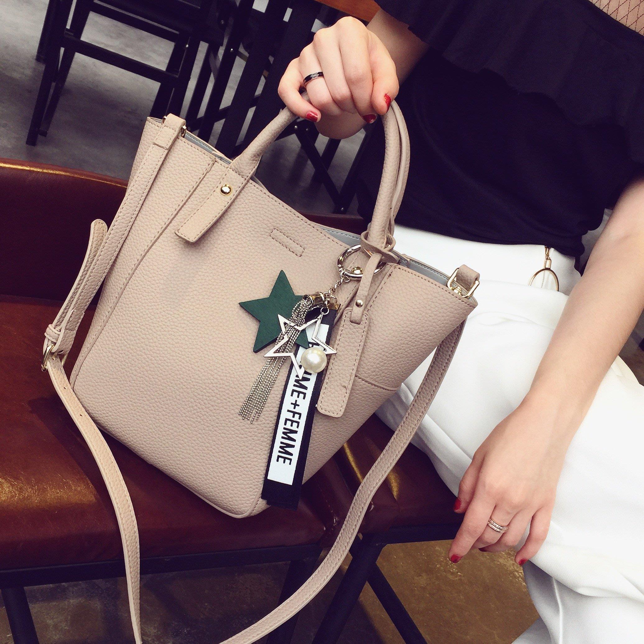 【MISS.LENG】#2017新款水桶子母包荔枝紋潮百搭女士手提包中包休閒包純色女包包