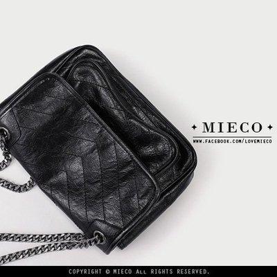 【Mieco】真皮褶皺感牛皮 百搭V紋...