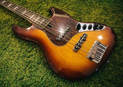 大鼻子樂器 公司貨 Marcus Miller SIRE 電貝斯 V7 alder 5 五弦 Bass 現貨 ts