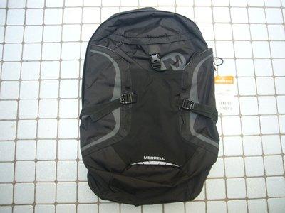 特價2390元全新標籤未拆 MERRELL 後背包電腦包 North Face Columbia