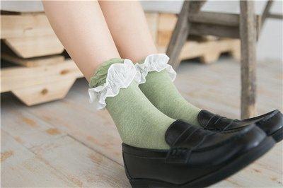 日本鬆口不咬腳袜 日本時尚荷葉蕾絲邊襪...