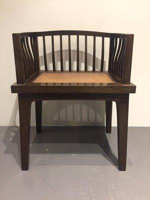 【一(藝)窩】近代 方口梳背扶手椅~榆木