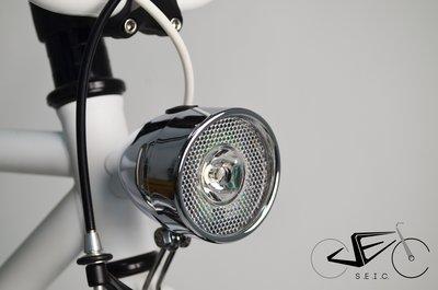 (新款/熱銷款金屬復古燈) 單速車 / 自行車 / 城市車►SEic單車工場 ►(LED) 復古頭燈 X 亮銀色