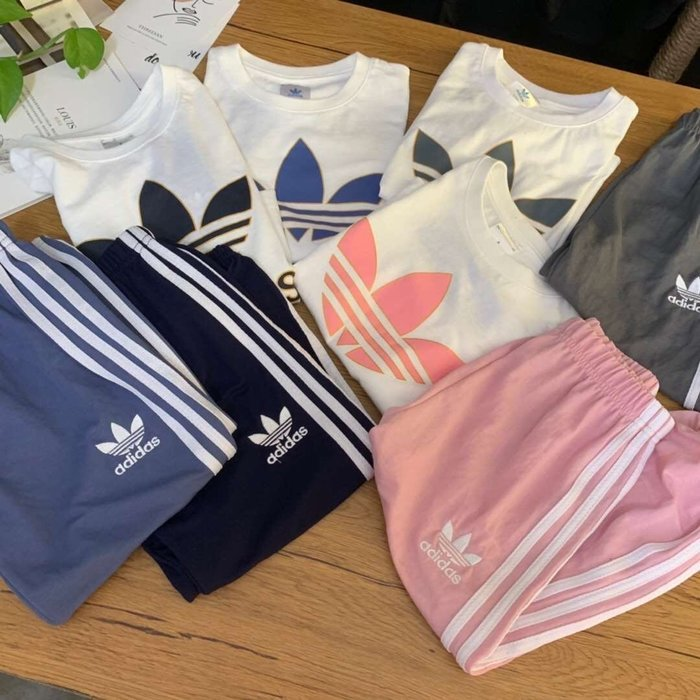 ☆║♥愷心小舖♥║☆愛迪達adidas 三葉草 新款 春季 男童 女童 兒童 套裝 100-160 四色