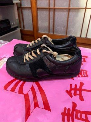 「 二手鞋 」 CAMPER 皮革休閒鞋 35號(黑)鐵2-1