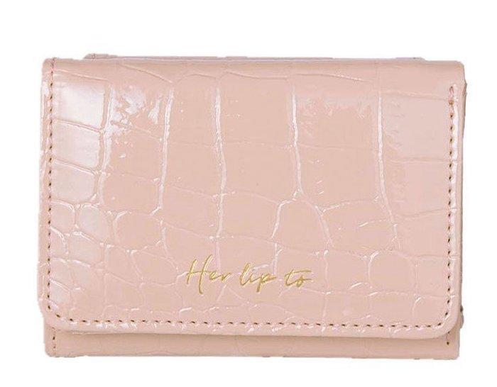 [瑞絲小舖]~日雜附錄Her lip to粉色皮革風鱷魚紋壓紋三折式短夾 皮夾卡包 零錢包