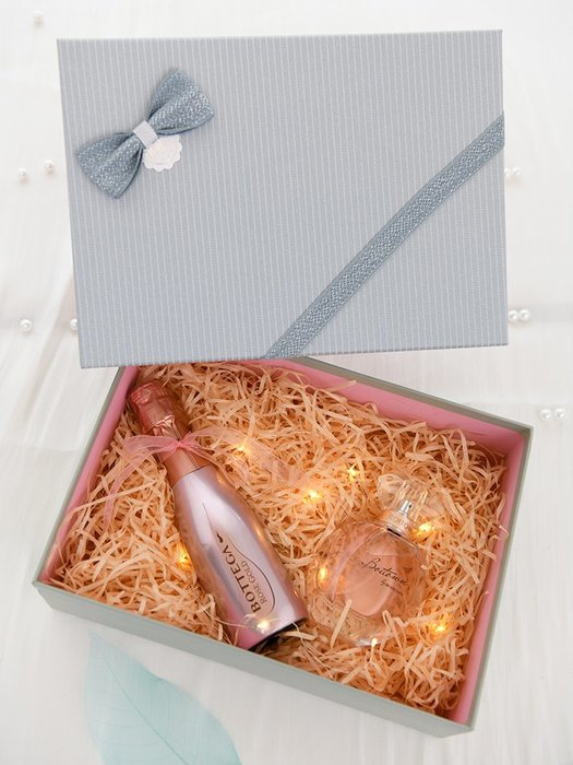 禮品盒 禮品盒ins風精美生日伴手禮盒包裝盒空盒創意送男朋友禮物盒子 優品百貨