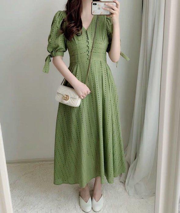 FORMINI 日系刺繡鏤空縮腰棉質短袖綁帶長洋裝 綠/白/黑 謝師宴 婚宴