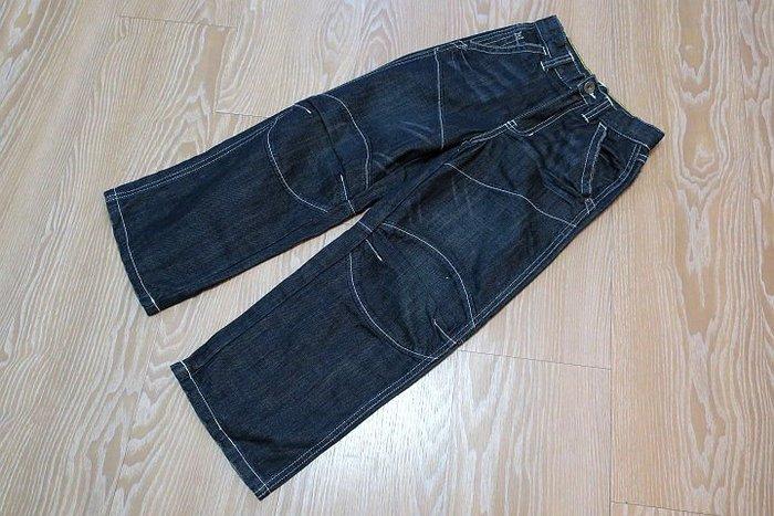 *Beauty*NAUTICA男童藍色牛仔長褲    6 號 原價2580元 售 1000    元JULIA