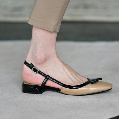 ?Angela?2020新款 真皮拼色低跟包頭涼鞋(KFM0324)