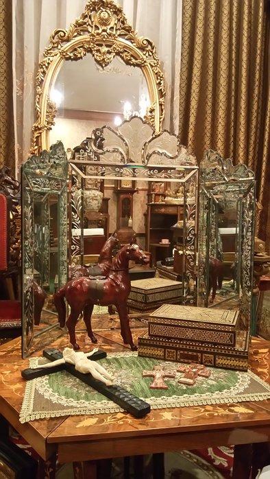 【家與收藏】特價極品稀有珍藏歐洲古董法國凡爾賽華麗巴洛克手工雕花玄關威尼斯大三面鏡