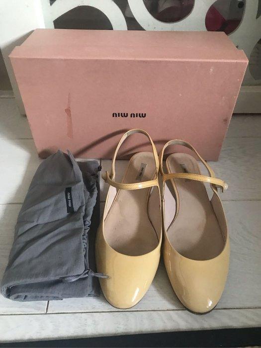 已售出~~正品Miu Miu sienna 芭蕾舞娃娃鞋 36.5