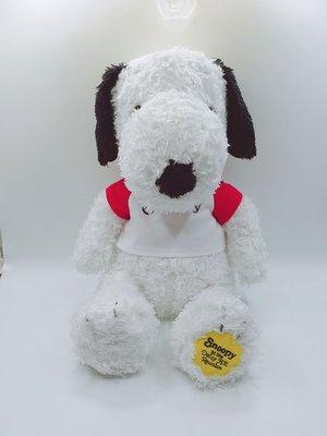 日本Snoopy穿T恤史努比公仔抱偶S號