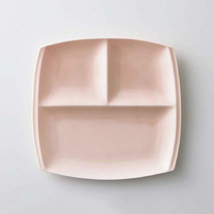 [霜兔小舖]日本代購 日本製 小田陶器 美濃燒 titto 三格午餐盤  粉紅色  西餐具  21cm