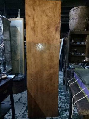 台灣黃檜瘤長桌板 料質穩定