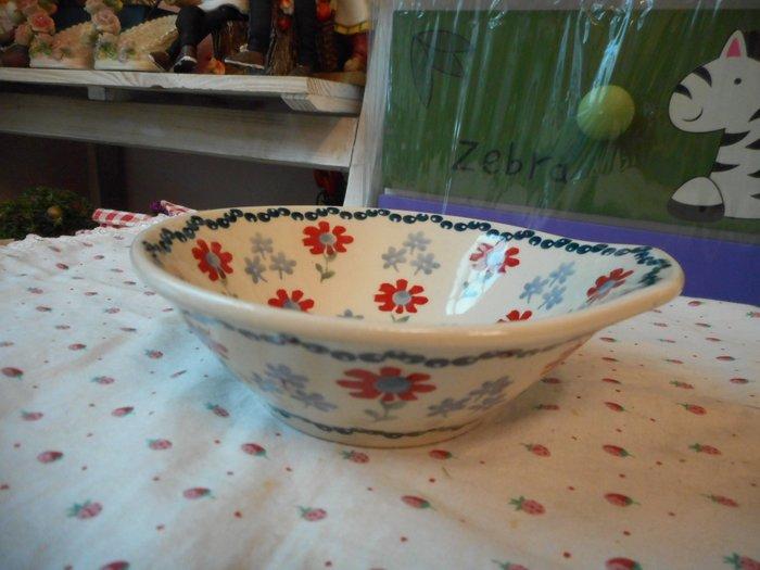 ~~凡爾賽生活精品~~全新波蘭進口彩繪紅花綠葉造型單耳小缽.小菜盤.醬料盤