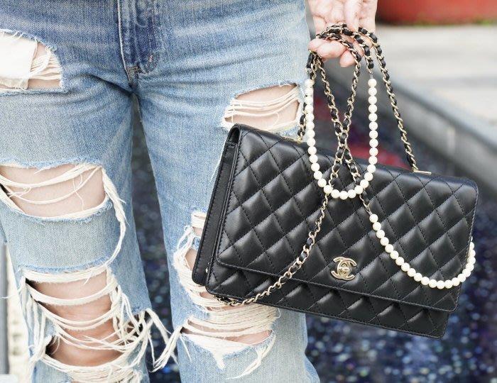Chanel 香奈兒包 A96572 珍珠鍊帶肩背包 黑 銀鍊