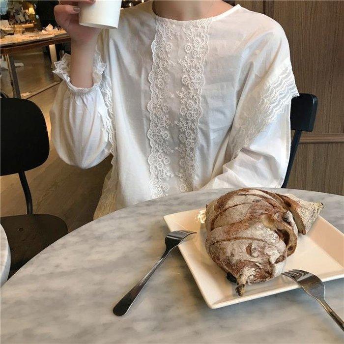 春季韓版長袖蕾絲拼接娃娃衫花瓣袖套頭襯衣女裝C37067