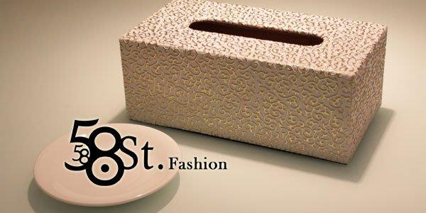 【58街】設計款式「白色金紋皮革製品面紙盒、紙巾盒」。AF-089