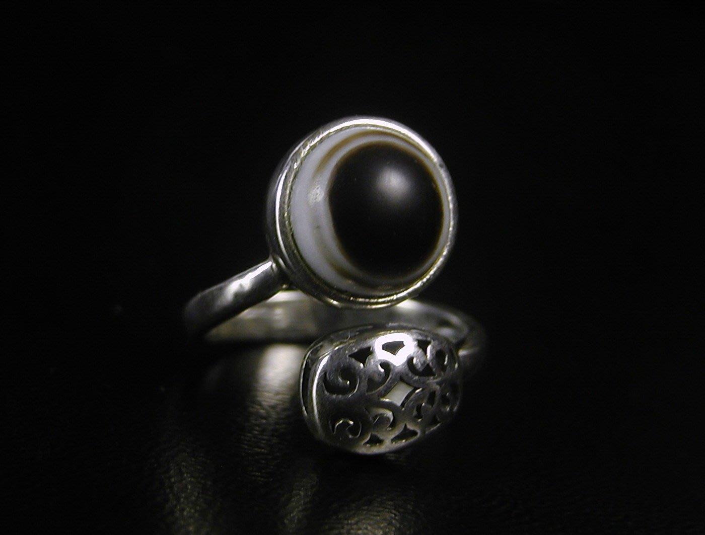 藏珠物流中心 *-專櫃精品*國際標準925純銀*天眼珠*女款造型戒☆☆F139