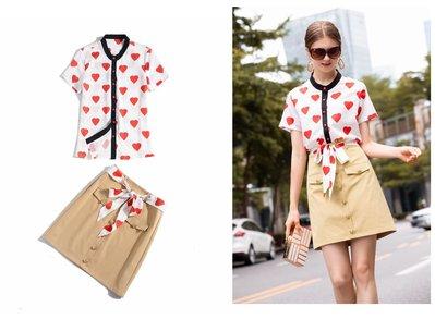 【天寶女裝】歐美風~F06018OPT9192-短袖印心型上衣+半裙套裝