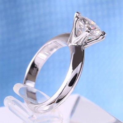 1克拉莫桑鑽18k金鉑金色戒檯 鑲D色鑽石戒指保證通過測鑽筆T家6爪求婚 結婚情人節禮物摩星鑽莫桑鑽寶高級天然鑽效果