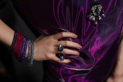 SWAROVSKI 施華洛世奇款 雙圈手環-----雙圈 咖啡金釦(原價4990元)