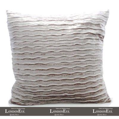 【 LondonEYE 】Home Decor 時尚場景X精品傢俱雙面厚絨X立體直紋抱枕靠枕 樣品屋/豪宅(含芯) 灰