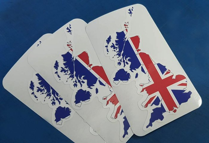 【國旗貼紙專賣店】W8XH15公分-英國旗地圖抗UV、防水行李箱貼紙/UK/多國款可收集和訂製