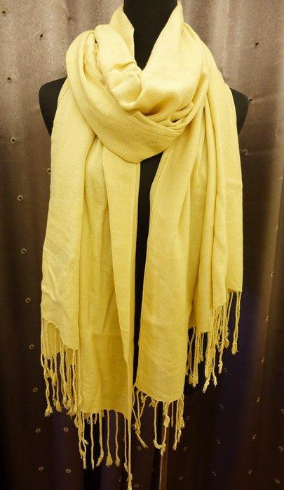 全新從未用過 國外帶回 100% PASHMINA 淡土黃色圍巾披巾長巾,只有一條,低價起標無底價!本商品免運費!