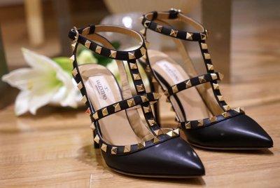 Valentino 汎倫鐵諾 Rockstud Heel Pumps 龐克卯釘黑 10 cm 高跟鞋