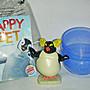 aaL皮1商旋.(企業寶寶公仔娃娃)全新附原裝袋2006年漢堡王發行快樂腳國王企鵝公仔!--距今已有13年歷史!