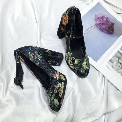 碎花民族風粗跟高跟鞋女春新款絨面一字扣單鞋 印花女鞋