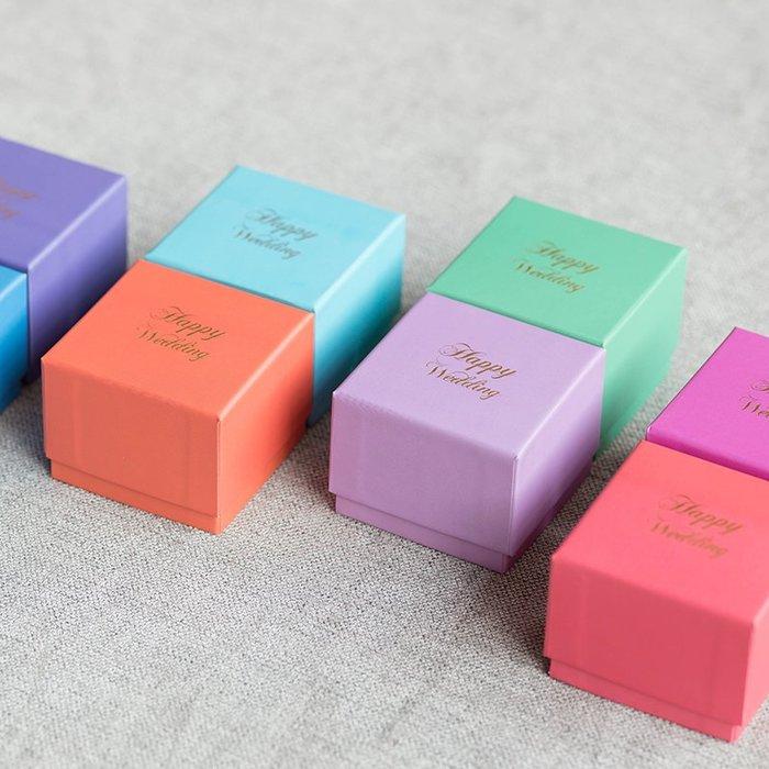 衣萊時尚-熱賣款  喜糖盒紙盒個性創意婚慶用品北歐風格包裝盒NG002英文