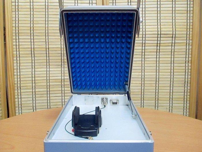 康榮科技二手測試儀器R&S CMU-Z10&Z11 (CMUZ10/Z11) 手機測試隔離箱