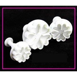 【翻糖模-塑膠-3件櫻花】翻糖彈簧壓模 餅乾模 翻糖蛋糕工具(一套三件: 2.5、3、4.5cm)-8001006