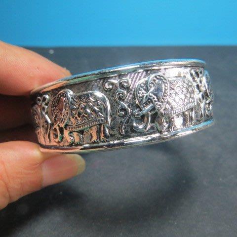 【競標網】高貴時尚西藏藏銀(新象上發)寬版造型手環(回饋價便宜賣)限量5組(賣完恢復原價200元)