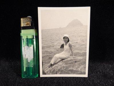 乖乖@賣場~相片.老照片.黑白照片.早期龜山島.宜蘭眺望龜山島.DEF323