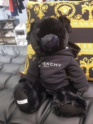 【EZ兔購】~正品 GIVENCHY 熊 絨毛娃娃 抱枕