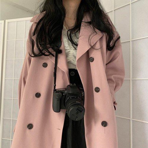 質感上乘長版風衣 韓系 oversize男友風減龄寬鬆雙排釦西裝風衣外套 艾爾莎【TAE7944】