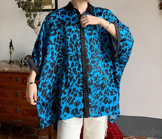 FINDSENSE品牌 訂製 G6 韓系男裝 復古小碎花襯衫正韓短袖男白襯衫五分袖潮牌洋裝簡約寬鬆波點蝙蝠袖豹紋男士上衣
