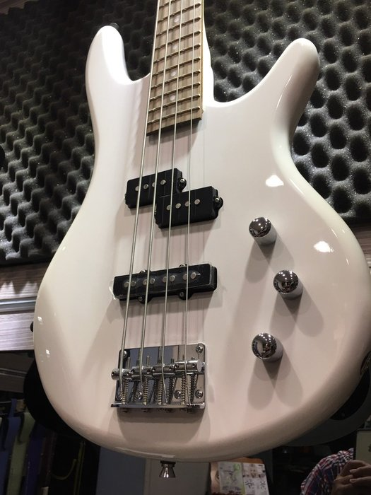 『名人樂器超低價』Bensons 台灣品牌 進階最佳PJ BASS 電貝斯(同 IBANEZ外型)白