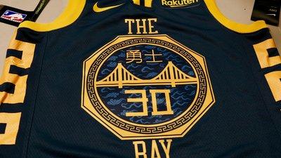 NBA金州勇士Stephen Curry實戰球衣 於勇士主場甲骨文球館購回 有兩件!
