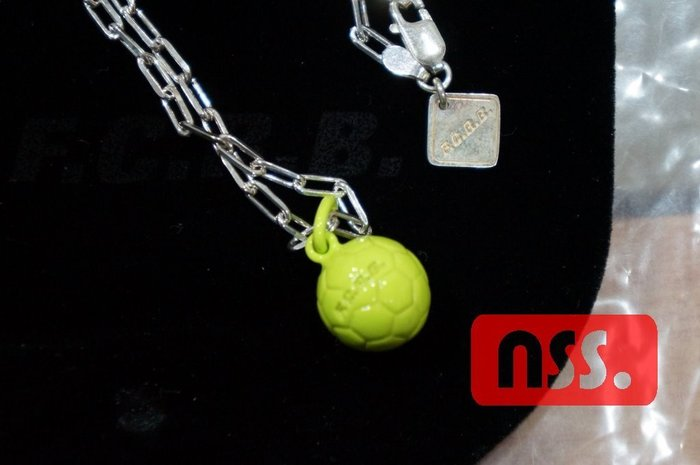 「NSS』FCRB F.C Real Bristol sophnet SOCCER BALL NECKLACE 黃 項鍊